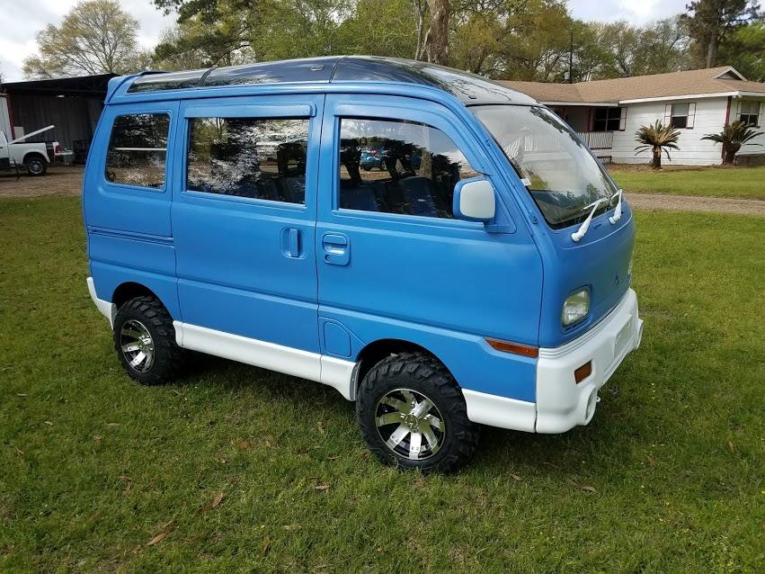 Sold 92 Mitsubishi Mini Van 11 850 Mudbug Mini Trucks